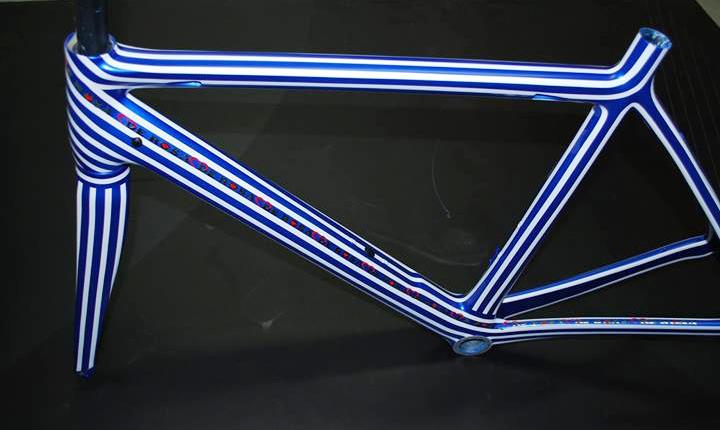 De-Rosa-Pinstripe-Frame